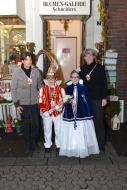 Kinderprinzenpaar dankt der Blumen-Galerie