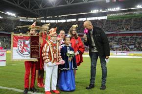 Unser Kinderprinzenpaar Cedric I. und Saya zu Besuch beim Telekom-Cup