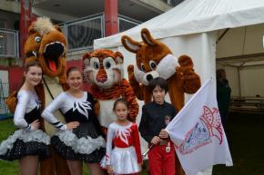 Weltkindertag in Düsseldorf - Unsere Jugend ist mit kleinem Programm dabei